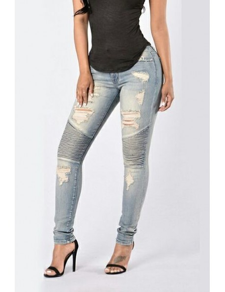 Denim Slim. Ripped Jeans